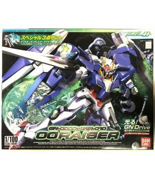Gundam 00: 1/100 OO Raiser...