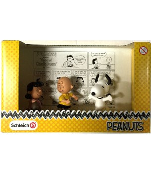Peanuts Snoopy PVC Figure...