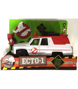 Ghostbusters 2016: Ecto-1...
